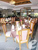 Restaurant / Grand Jomtien Palace