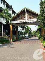 Entrance : Grand Jomtien Palace, Connecting Rooms, Phuket