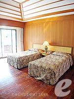 パタヤ ジョムティエンビーチのホテル : グランド ジョムティエン パレス(Grand Jomtien Palace)のコテージルームの設備 Bedroom