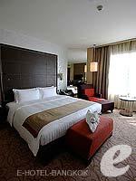 バンコク スクンビットのホテル : プルマン バンコク グランデ スクンヴィット (Pullman Bangkok Grande Sukhumvit)のエグゼクティブ クラブ(ツイン/ダブル)ルームの設備 Bedroom