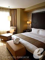 バンコク スクンビットのホテル : プルマン バンコク グランデ スクンヴィット (Pullman Bangkok Grande Sukhumvit)のエグゼクティブ スイート(シングル)ルームの設備 Bedroom