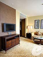 バンコク スクンビットのホテル : プルマン バンコク グランデ スクンヴィット (Pullman Bangkok Grande Sukhumvit)のエグゼクティブ スイート(ダブル)ルームの設備 Living Room