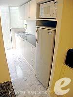 バンコク スクンビットのホテル : グランド プレジデント(Grand President)のオパール スタジオルームの設備 Kitchen