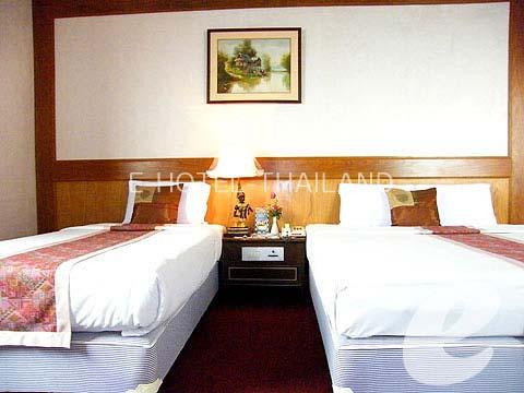 バンコク プールありのホテル : グランデ ヴィラ ホテル(Grande Ville Hotel)のお部屋「デラックス(ツイン)」