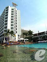Swimming Pool : Hard Rock Hotel Pattaya, with Spa, Phuket