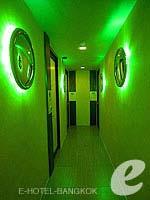 バンコク スクンビットのホテル : ヘブン アット フォー ホテル バンコク 「Corridor」