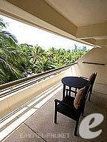 プーケット カロンビーチのホテル : ヒルトン プーケット アルカディア & スパ(Hilton Phuket Arcadia Resort & Spa)のデラックス ガーデンビュールームの設備 Balcony