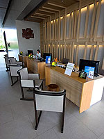 Reception / Holiday Inn Resort Phuket Mai Khao Beach, ติดกับสระว่ายน้ำ