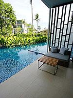 プーケット スパ併設のホテル : ホリデーイン リゾート プーケット マイカオ ビーチ(Holiday Inn Resort Phuket Mai Khao Beach)のデラックス プールアクセスルームの設備 Direct Pool Access