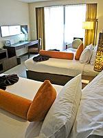 プーケット ファミリー&グループのホテル : ホリデーイン リゾート プーケット(Holiday Inn Resort Phuket)のスーペリアルームの設備 Bedroom