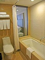 プーケット 10,000~20,000円のホテル : ホリデーイン リゾート プーケット(Holiday Inn Resort Phuket)のスーペリアルームの設備 Bathroom