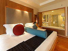 プーケット ファミリー&グループのホテル : ホリデーイン リゾート プーケット(1)のお部屋「デラックス」