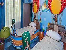 プーケット ファミリー&グループのホテル : ホリデーイン リゾート プーケット(1)のお部屋「ファミリー スイート」