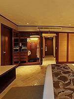 プーケット ファミリー&グループのホテル : ホリデーイン リゾート プーケット(Holiday Inn Resort Phuket)のブサコーン スタジオルームの設備 Bedroom