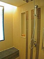 プーケット 10,000~20,000円のホテル : ホリデーイン リゾート プーケット(Holiday Inn Resort Phuket)のブサコーン ヴィラルームの設備 Bath Room