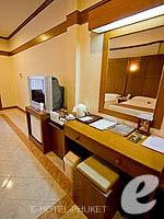 プーケット パトンビーチのホテル : ホライゾン パトン ビーチ リゾート & スパ(Horizon Patong Beach Resort Hotel)のデラックス(ツイン/ダブル)ルームの設備 Room Facilities