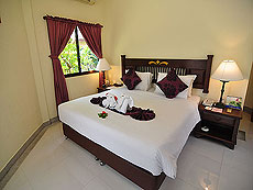 プーケット ファミリー&グループのホテル : ハイトン リーラヴァディ リゾート(1)のお部屋「コテージ(ツイン/ダブル)」