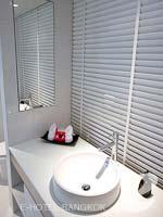 バンコク ファミリー&グループのホテル : アイ レジデンス(i Residence)のグランド デラックスルームの設備 Bathroom