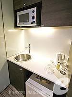 バンコク ファミリー&グループのホテル : アイ レジデンス(i Residence)のジュニア スイートルームの設備 Writing Desk