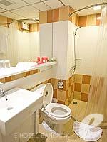 バンコク ファミリー&グループのホテル : アイ レジデンス(i Residence)のジュニア スイートルームの設備 Sittng Area