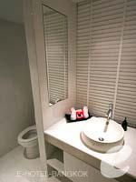 バンコク シーロム・サトーン周辺のホテル : アイ レジデンス(i Residence)のエグゼクティブ デラックスルームの設備 Bathroom