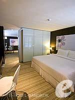 バンコク ファミリー&グループのホテル : アイ レジデンス(i Residence)のデラックス スイートルームの設備 Bathroom