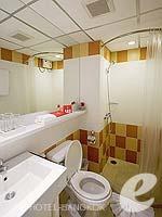 バンコク ファミリー&グループのホテル : アイ レジデンス(i Residence)のデラックス スイートルームの設備 Sittng Area