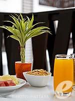 パタヤ 会議室ありのホテル : アイビス パタヤ 「Breakfast」