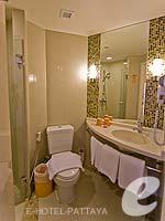 パタヤ ノースパタヤのホテル : アイビス パタヤ(Ibis Pattaya)のスタンダード ルームルームの設備 Bathroom