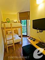 プーケット ファミリー&グループのホテル : アイビス プーケット カタ(Ibis Phuket Kata)のファミリー ルームルームの設備 Kids Area