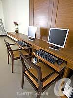 サムイ島 ペット同伴可のホテル : アイビス サムイ ボプット 「Internet Corner」