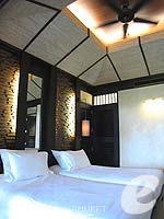 プーケット カップル&ハネムーンのホテル : インピアナ プーケット パトン(Impiana Phuket Patong)のスーペリアガーデンビュールームの設備 Bedroom