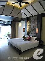 プーケット カップル&ハネムーンのホテル : インピアナ プーケット パトン(Impiana Phuket Patong)のデラックスガーデンビュールームの設備 Bedroom