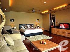 プーケット ファミリー&グループのホテル : インピアナ プライベート ビラ(1)のお部屋「グランド スイート」