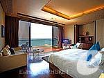プーケット ファミリー&グループのホテル : インピアナ プライベート ビラ(Impiana Private Villas)のグランド ビラルームの設備 Room View