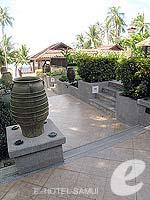 サムイ島 ビーチフロントのホテル : インピアナ リゾート サムイ 「Corridor」