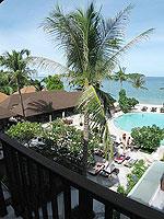 サムイ島 インターネット接続(無料)のホテル : アイヤラ ビーチ ホテル & プラザ(Iyara Beach Hotel & Plaza)のアイヤラルームの設備 Balcony