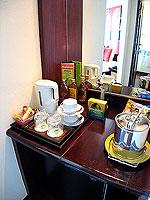 サムイ島 10,000~20,000円のホテル : ジャマキリ スパ & リゾート (Jamahkiri Resort & Spa)のデラックス パビリオンルームの設備 Minibar