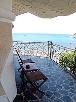 サムイ島 10,000~20,000円のホテル : ジャマキリ スパ & リゾート (Jamahkiri Resort & Spa)のデラックス パビリオンルームの設備 Balcony