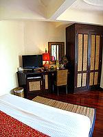 サムイ島 10,000~20,000円のホテル : ジャマキリ スパ & リゾート (Jamahkiri Resort & Spa)のファミリー スイート パビリオン(3ベッドルーム)ルームの設備 Master Bedroom