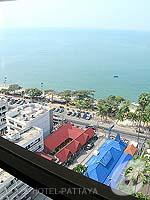 パタヤ ジョムティエンビーチのホテル : ジョムティエン パーム ビーチ(Jomtien Palm Beach)のスイート/メイン ウイングルームの設備 View