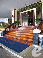 Entrance : Jomtien Thani, Family & Group, Phuket