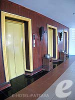 Lifts : Jomtien Thani, Family & Group, Phuket