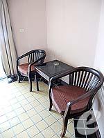 パタヤ ジョムティエンビーチのホテル : ジョムティエン タニ(Jomtien Thani)のスーペリア ルームルームの設備 Chair