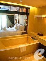 プーケット 10,000~20,000円のホテル : JW マリオット カオラック リゾート & スパ(JW Marriott Khao Lak Resort & Spa)のデラックス プールアクセスルームの設備 Bath Room