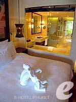 プーケット 10,000~20,000円のホテル : JW マリオット カオラック リゾート & スパ(JW Marriott Khao Lak Resort & Spa)のファミリー ルームルームの設備 IT Phone