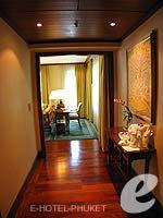 プーケット ファミリー&グループのホテル : JW マリオット プーケット リゾート&スパ(JW Marriott Phuket Resort & Spa)の1ベッドルーム スイートルームの設備 Passage