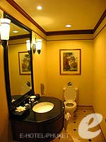 プーケット その他・離島のホテル : JW マリオット プーケット リゾート&スパ(JW Marriott Phuket Resort & Spa)の1ベッドルーム スイートルームの設備 Toilet