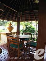 プーケット カップル&ハネムーンのホテル : JW マリオット プーケット リゾート&スパ(JW Marriott Phuket Resort & Spa)の1ベッドルーム スイートルームの設備 Terrace