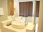 プーケット インターネット接続(無料)のホテル : カリマ リゾート & スパ(Kalima Resort & Spa)のファミリー スイートルームの設備 Bath Room